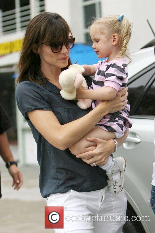 Jennifer Garner and Her Daughter Violet Affleck 8