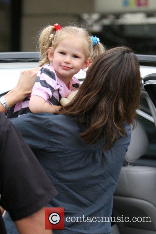 Jennifer Garner and Her Daughter Violet Affleck 6