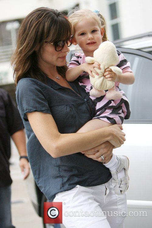 Jennifer Garner and Her Daughter Violet Affleck 1