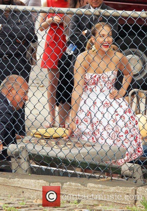 Oscar de la Renta and Jennifer Lopez on...