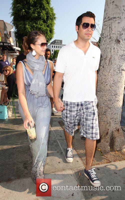 Jessica Alba and husband Cash Warren 7