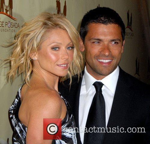 Kelly Ripa and husband Mark Consuelos The Jorge...