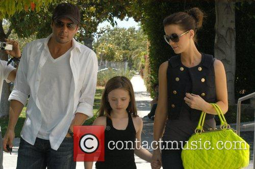 Kate Beckinsale and Len Wiseman take her daughter...