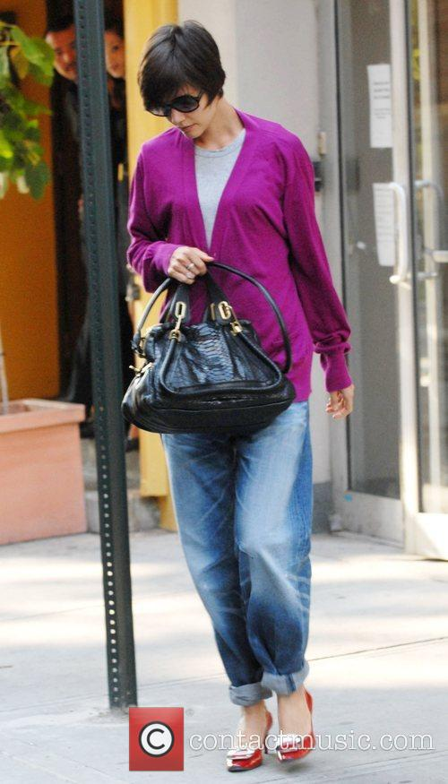 Katie Holmes leaves rehearsals for Arthur Miller's 'All...