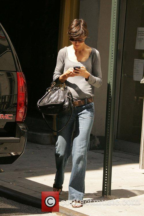 Katie Holmes leaving after rehearsals for her Broadway...