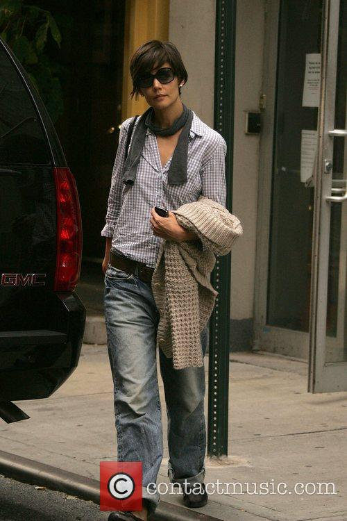 Katie Holmes leaves rehearsals for her forthcoming Broadway...