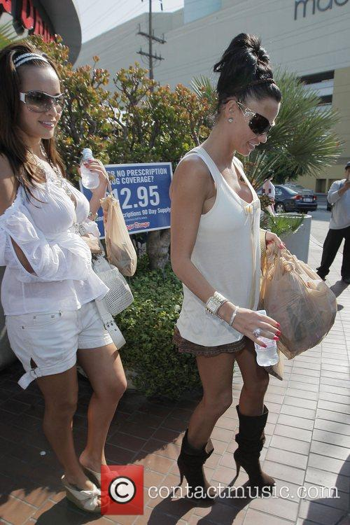 katie price (aka jordan) picks up supplies at longs drugstore at the beverly connection in west hollywood 5175467