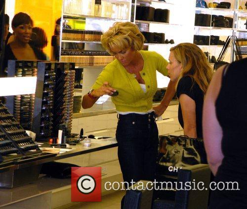 Kelly Carlson shopping at MAC cosmetics on Robertson...