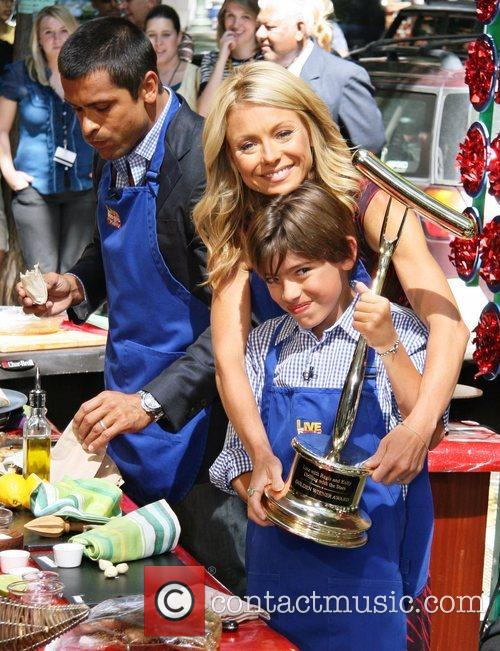 Mark Consuelos, Abc and Kelly Ripa 3