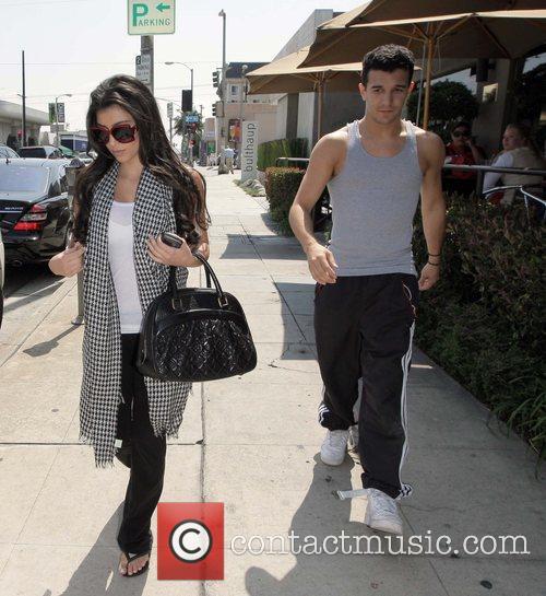 Kim Kardashian and her dance partner Mark Ballas 6