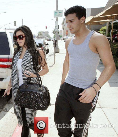 Kim Kardashian and her dance partner Mark Ballas 1