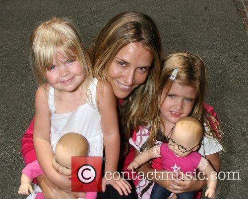 Brooke Mueller Sheen and her step-daughters Sam Sheen...