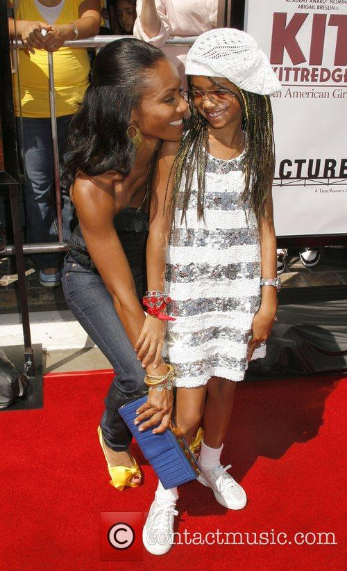 Jada Pinkett-smith and Daughter Willow Smith 2