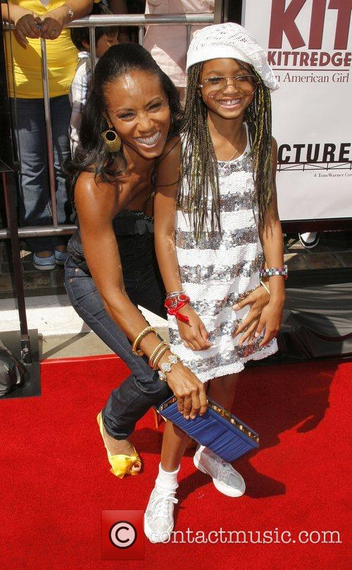 Jada Pinkett-smith and Daughter Willow Smith 3