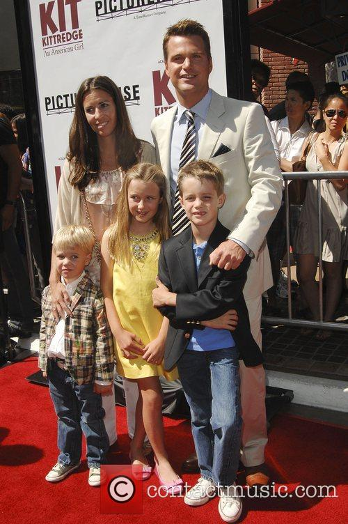 Chris Odonnell, Caroline Fentress and Children 3