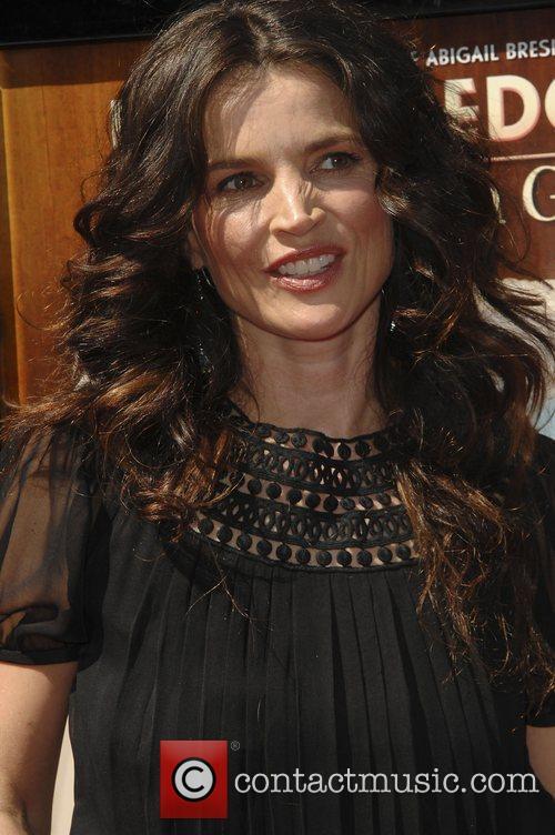 Julia Ormond 9