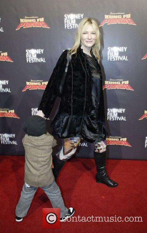 Cate Blanchett and Son Roman 1
