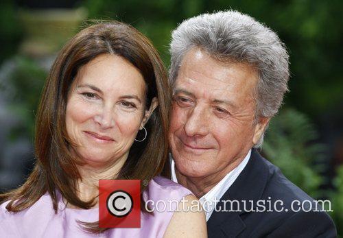 Dustin Hoffman and His Wife Lisa Gottsegen 5