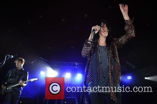 Alison Mosshart and Jamie Hince of The Kills...