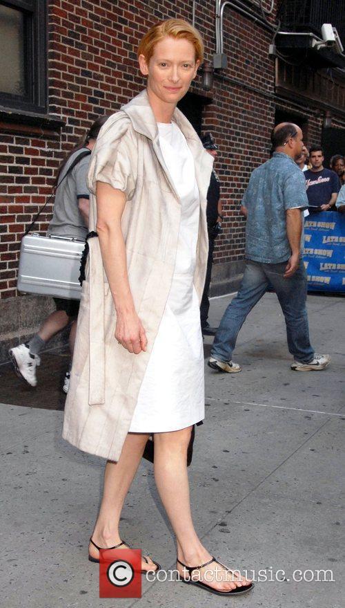 Tilda Swinton and David Letterman 4