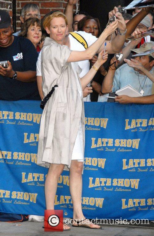 Tilda Swinton and David Letterman 6