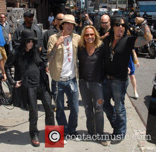 Motley Crue, David Letterman, Nikki Sixx and Vince Neil 2