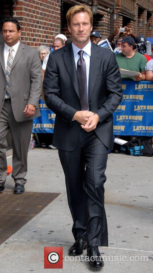 Aaron Eckhart and David Letterman 16