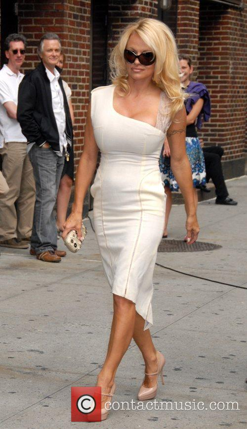 Pamela Anderson and David Letterman 15