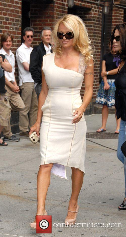 Pamela Anderson and David Letterman 11