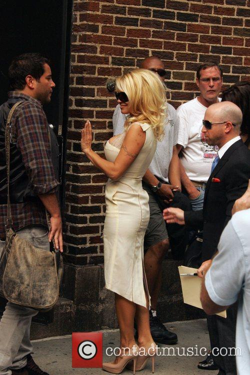 Pamela Anderson and David Letterman 4