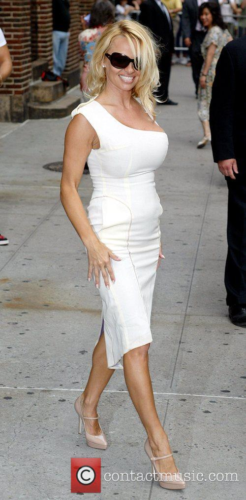 Pamela Anderson and David Letterman 28