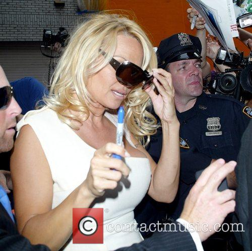 Pamela Anderson and David Letterman 33