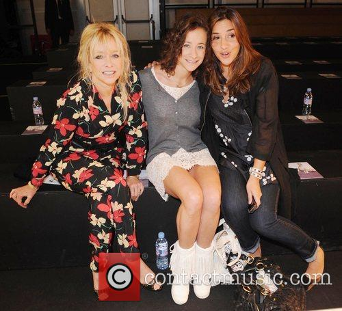 Jo Wood, Leah Wood and Melanie Blatt 3