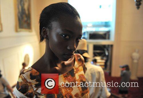 Model London Fashion Week - Nicole Farhi Sping/Summer...
