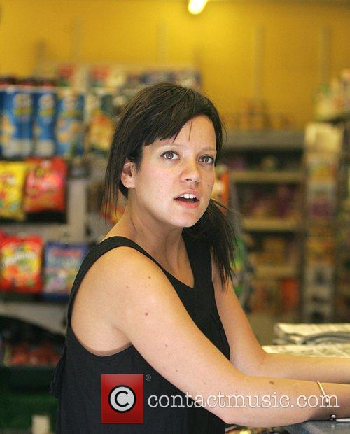 Lily Allen visits a newsagent to pick up...