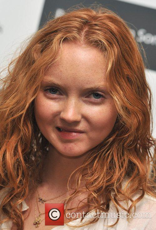lily cole 2055791