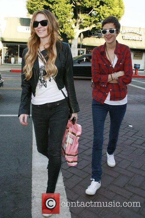 Lindsay Lohan and Samantha Ronson 11