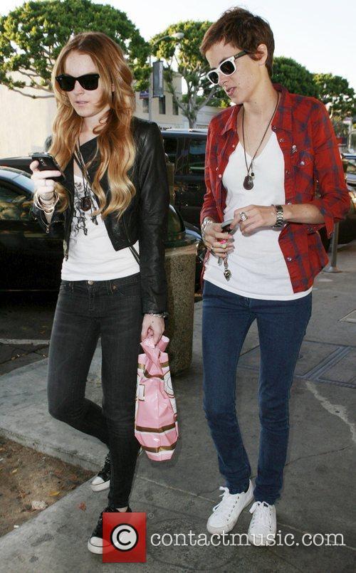 Lindsay Lohan and Samantha Ronson 9