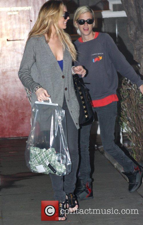 Lindsay Lohan and Samantha Ronson 5