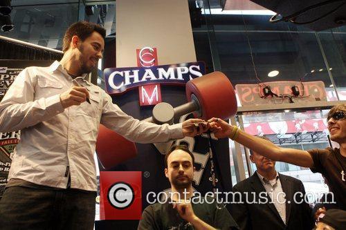 Mike Shinoda of Linkin Park MLB Donate $25,000...