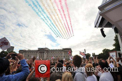 The Red Arrows Flight Past The Olympic handover...