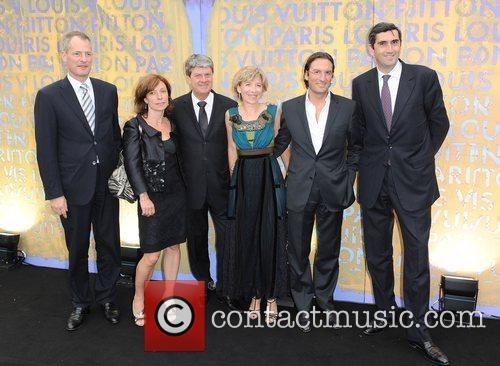 Louis Vuitton management Louis Vuitton hosts a dinner...