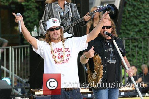 Kid Rock and Johnny Van Zant 5