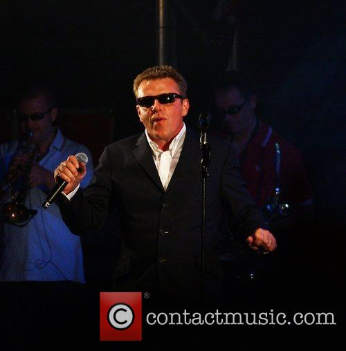Madness and Suggs 10