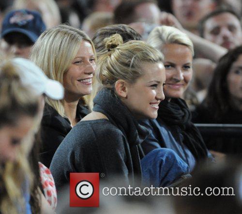 Kate Hudson and Gwyneth Paltrow 1