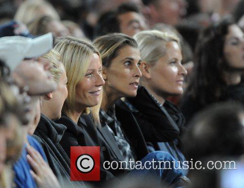 Kate Hudson and Gwyneth Paltrow 3
