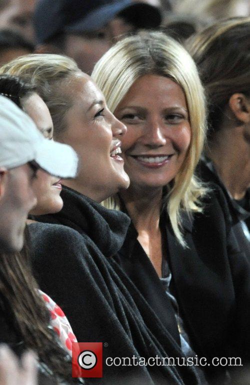 Kate Hudson and Gwyneth Paltrow 8