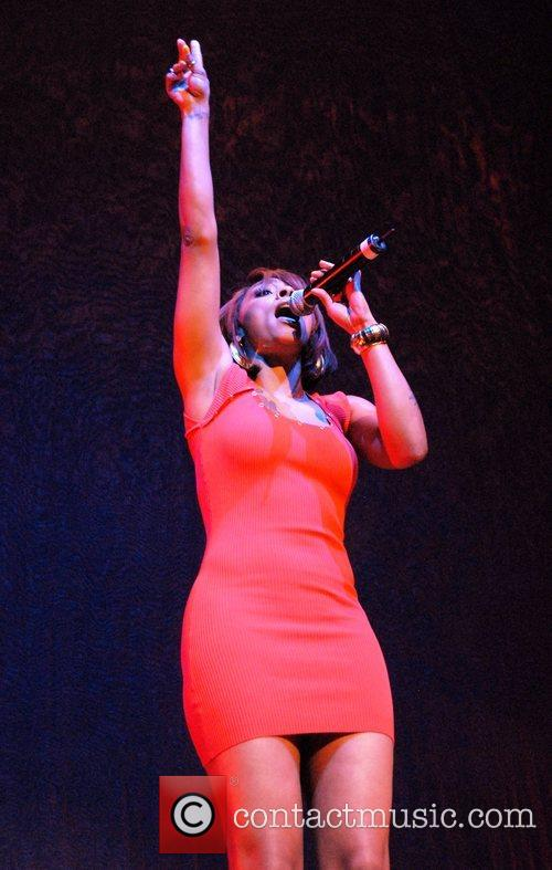 Cheri Dennis  performing live during the Making...