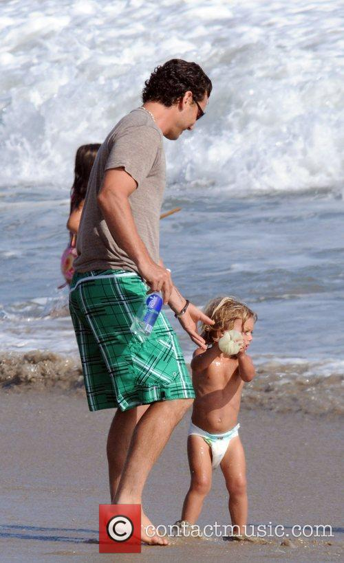Gavin Rossdale and Son Kingston Rossdale On Malibu Beach 3