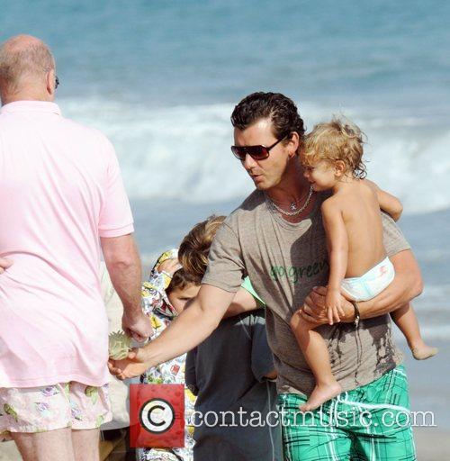 Gavin Rossdale and son Kingston Rossdale on Malibu beach 19